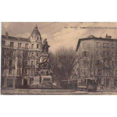 Nice Monument et place Gambetta (Place de Liberation)