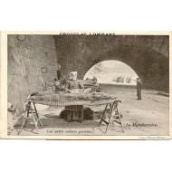 Les petits métiers parisiens La Matelassiére